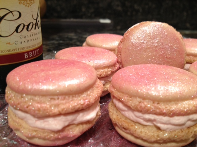 Aren't these sparkly beauties bedazzling? Pink Champagne macarons - just one of the flavors you'll enjoy in our Valentine's Day Macaron Gift Box.